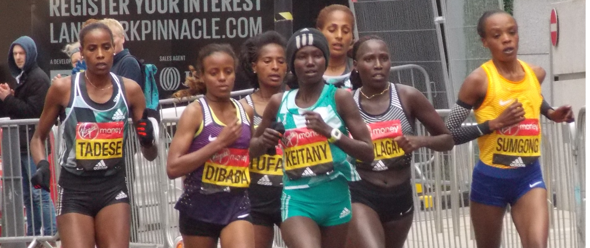 Kenyan and Ethiopian athletes competing for gold.