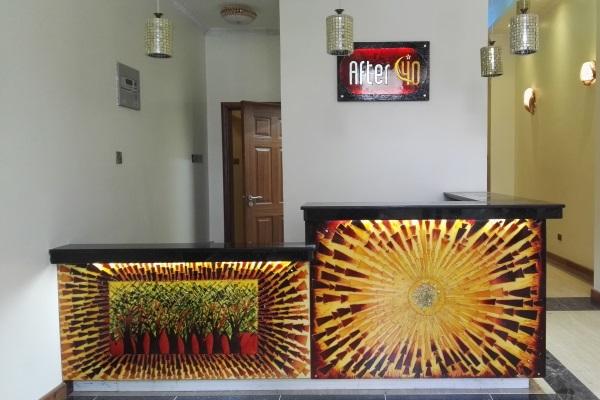 Kendi's glass art work